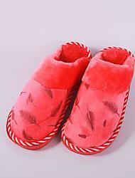Damer Sko Polyamid Tekstil Bomuld Vinter Komfort Tøfler & Klip Klapper Fald for Afslappet Grå Lilla Kaffe Rød Lys pink