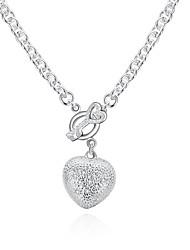 Недорогие -Жен. Гипоаллергенный Сердце Серебрянное покрытие Ожерелья с подвесками Ожерелья-цепочки - Гипоаллергенный Мода Милая Геометрической