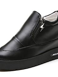 olcso -Női Cipő PU Tavasz   Ősz Kényelmes Félcipők Lapos Kerek orrú Fehér    Fekete 5d61ce6dc3