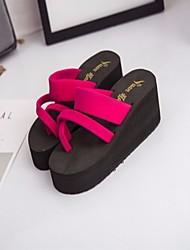 preiswerte -Damen Schuhe Leinen Frühling Sommer Komfort Sandalen Creepers für Schwarz Rot