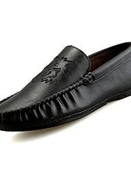 Недорогие -Муж. обувь Искусственное волокно Весна Осень Обувь для дайвинга Мокасины и Свитер Бант для Повседневные Черный Коричневый Хаки