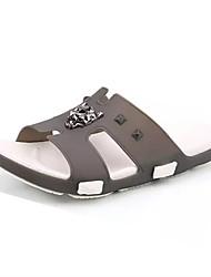 baratos -Homens sapatos Couro Ecológico Primavera Verão Conforto Chinelos e flip-flops para Casual Cinzento Vermelho Azul