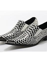 billiga -Herr Formella skor Läder Vår / Höst Oxfordskor Svartvit / Bröllop / Fest / afton / Novelty Shoes
