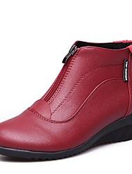 Недорогие -Обувь для модерна Искусственное волокно Кроссовки На низком каблуке Персонализируемая Танцевальная обувь Белый / Черный / Красный