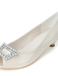 preiswerte -Damen Schuhe Lackleder Frühling Sommer Pumps Hochzeit Schuhe Kitten Heel-Absatz Peep Toe Strass für Party & Festivität Kleid Weiß Rot