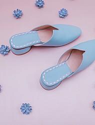 preiswerte -Damen Schuhe Leder Frühling Herbst Komfort Cloggs & Pantoletten Blockabsatz für Normal Schwarz Beige Blau Rosa