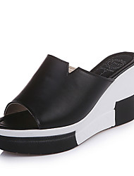 cheap -Women's Shoes PU Summer Comfort Slippers & Flip-Flops Wedge Heel Round Toe for Casual White Black