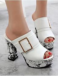 Недорогие -Жен. Обувь Искусственное волокно Весна Лето Удобная обувь Сандалии На толстом каблуке для Повседневные Белый Черный Красный