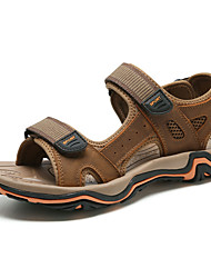 Недорогие -Муж. Кожа Весна / Осень Удобная обувь Сандалии Для плавания Серый / Коричневый / Темно-коричневый