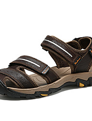 Недорогие -Муж. Кожа / Искусственная кожа Весна / Лето Удобная обувь Сандалии Красный / Темно-коричневый