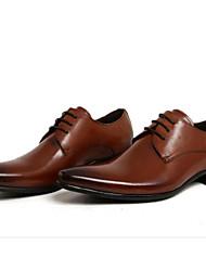 cheap -Men's Dress Shoes Cowhide Fall / Winter Comfort Oxfords Black / Brown