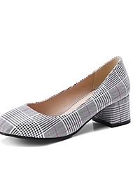 preiswerte -Damen Schuhe maßgeschneiderte Werkstoffe Frühling Sommer Pumps Komfort High Heels Blockabsatz Geschlossene Spitze Spitze Zehe Schnalle für