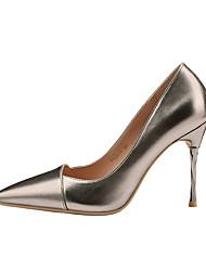 baratos -Mulheres Sapatos Courino Primavera Outono Conforto Saltos Salto Agulha Dedo Fechado para Escritório e Carreira Dourado Preto Prata Khaki