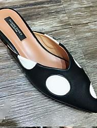 povoljno -Žene Cipele PU Proljeće Jesen Udobne cipele Klompe i natikače Ravna potpetica za Kauzalni Crn Badem