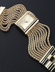 Недорогие -Жен. / Для пары Повседневные часы / Модные часы Китайский Повседневные часы сплав Группа Роскошь / Мода Серебристый металл / Золотистый