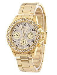 abordables -Mujer Reloj de Moda / Reloj de Vestir / Simulado Diamante Reloj Chino Reloj Casual / La imitación de diamante Aleación Banda Casual / Moda Plata / Dorado / Oro Rosa / Un año