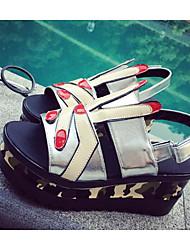 povoljno -Žene Cipele PU Ljeto Udobne cipele Sandale Wedge Heel za Kauzalni Crn Pink