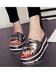 baratos -Mulheres Sapatos Tecido Verão Conforto Sandálias Creepers para Prata Cinzento Escuro