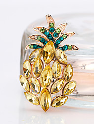 cheap -Women's Lovely Pineapple Brooches - Fashion / European Gold Brooch For Gift / Daily