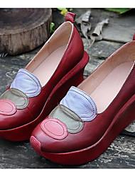 povoljno -Žene Cipele Koža Mekana koža Proljeće Jesen Cipele za novorođenčad Udobne cipele Natikače i mokasinke Wedge Heel za Kauzalni Kava