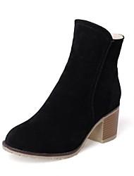 baratos -Mulheres Sapatos Pele Nobuck Outono Inverno Coturnos Botas Salto Robusto Ponta Redonda Botas Curtas / Ankle para Casual Preto Bege