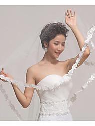 Недорогие -Один слой Кружевная кромка / Элегантный стиль Свадебные вуали Фата до кончиков пальцев с Вышивка бисером в виде цветов 55,12 В (140см) Тюль / Фата, закрывающая лицо