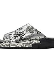 povoljno -Muškarci Cipele Koža Ljeto Udobne cipele Papuče i japanke Crn / Pink