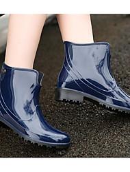 baratos -Mulheres Sapatos PVC Primavera Verão Botas de Chuva Botas Salto Baixo Botas Curtas / Ankle para Azul / Vinho / Leopardo