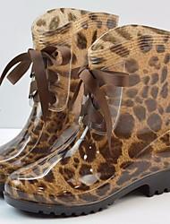 Недорогие -Жен. Кожа ПВХ  Осень Удобная обувь / Резиновые сапоги Ботинки На плоской подошве Черный / Цвет-леопард