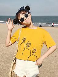 baratos -t-shirt feminina - retrato em volta do pescoço