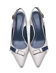 Недорогие -Жен. Обувь Кожа Лето Удобная обувь Обувь на каблуках На шпильке Черный / Бежевый