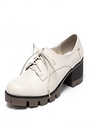 Недорогие -Жен. Обувь Полиуретан Весна лето Удобная обувь Туфли на шнуровке Для прогулок На толстом каблуке Круглый носок Черный / Серый / Винный