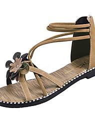 Недорогие -Жен. Обувь Полиуретан Лето С ремешком на лодыжке Сандалии На плоской подошве Пряжки Черный / Бежевый