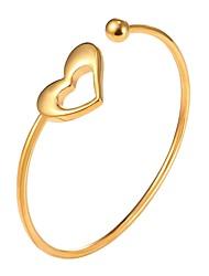 abordables -Mujer Hueco Pulseras de puño - Acero inoxidable Corazón Moda Pulseras y Brazaletes Dorado / Plata Para Regalo / Diario