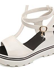 baratos -Mulheres Sapatos Couro Ecológico Verão Tira no Tornozelo Sandálias Salto Plataforma Ponta Redonda Pedrarias Branco / Preto / Vinho