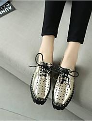 Недорогие -Жен. Обувь Наппа Leather Весна / Лето Удобная обувь Туфли на шнуровке Микропоры Закрытый мыс Золотой / Серебряный