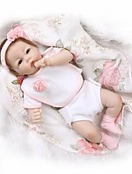 Недорогие -NPKCOLLECTION Куклы реборн Девочки 22 дюймовый Новорожденный как живой Подарок Безопасно для детей Взаимодействие родителей и детей Ручной корневой мохер Детские Девочки Игрушки Подарок