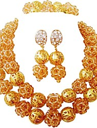 Недорогие -Жен. Многослойность Комплект ювелирных изделий - Австрийские кристаллы MOON Мода Включают Струнные ожерелья Синий / Ярко-розовый / Светло-коричневый Назначение Свадьба Для вечеринок