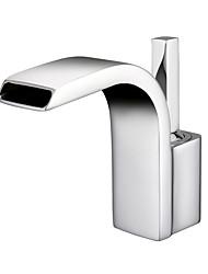 Недорогие -Ванная раковина кран - Водопад / Широко распространенный Хром Настольная установка Одной ручкой одно отверстиеBath Taps