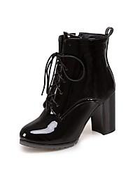 Недорогие -Жен. Fashion Boots Искусственная кожа Зима Английский Ботинки На толстом каблуке Круглый носок Сапоги до середины икры Черный / Морской синий / Красный