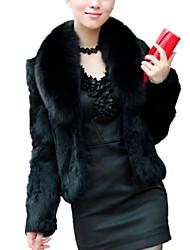 Недорогие -Жен. Повседневные Классический Наступила зима Короткая Пальто с мехом, Однотонный Отложной Длинный рукав Искусственный мех Белый / Черный XL / XXL / XXXL