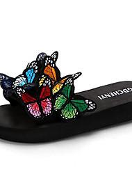 Недорогие -Жен. Комфортная обувь Полиуретан Осень Тапочки и Шлепанцы Микропоры Круглый носок Животные принты Цвет радуги / Красный / Синий