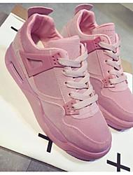 Недорогие -Жен. Комфортная обувь Полиуретан Весна Спортивная обувь Беговая обувь На плоской подошве Черный / Серый / Розовый