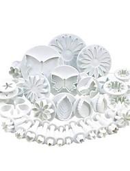 Недорогие -Инструменты для выпечки пластик Многофункциональный / Очаровательный / 3D в мультяшном стиле Торты / Печенье / Многофункциональный Формы для нарезки печенья 33