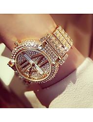 baratos -Mulheres Relógio de Pulso Quartzo Prata / Dourada imitação de diamante Analógico Fashion - Dourado Prata / Aço Inoxidável