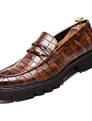 abordables -Homme Chaussures de confort Faux Cuir Automne Business Mocassins et Chaussons+D6148 Augmenter la hauteur Noir / Marron