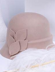 Недорогие -100% шерсть Кентукки дерби шляпа / Головные уборы с Вышивка бисером в виде цветов 1шт Повседневные / На каждый день Заставка