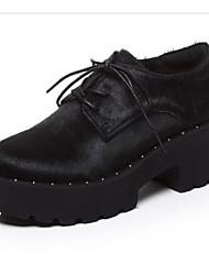 Недорогие -Жен. Конский волос Осень Туфли на шнуровке На толстом каблуке Заостренный носок Цветы из сатина Черный / Миндальный