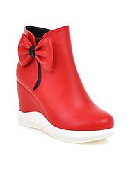 Недорогие -Жен. Полиуретан Наступила зима На каждый день Ботинки Туфли на танкетке Круглый носок Сапоги до середины икры Бант Белый / Черный / Светло-красный