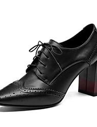 baratos -Mulheres Pele Napa Outono Botas Salto Robusto Dedo Fechado Botas Curtas / Ankle Preto / Amarelo Claro